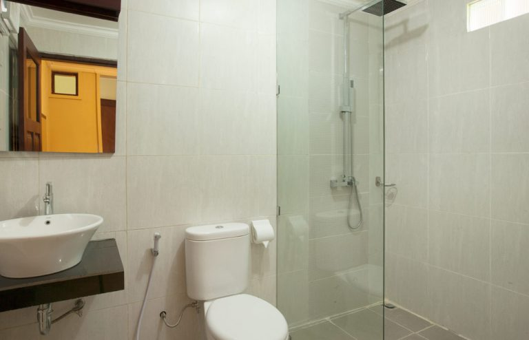 bathroom of one bedroom