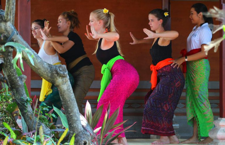 learn balinese dance - nesa sanur