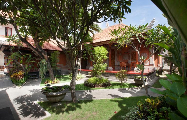 balinese bungalow of nesa sanur