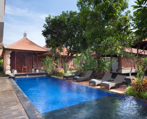 swimming pool of nesa sanur